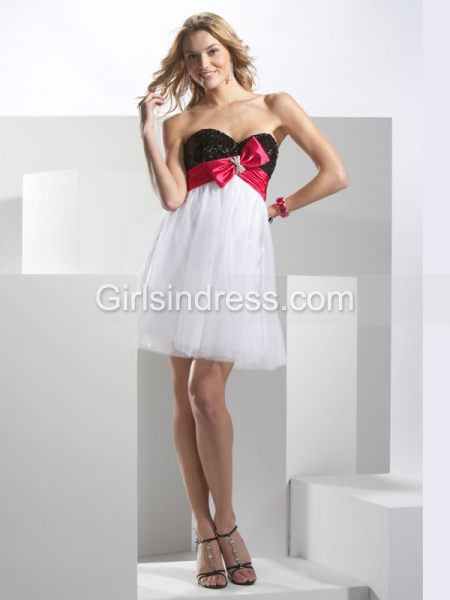 A-line Sweetheart Beading Lovely Organza&Satin Graduation Dress