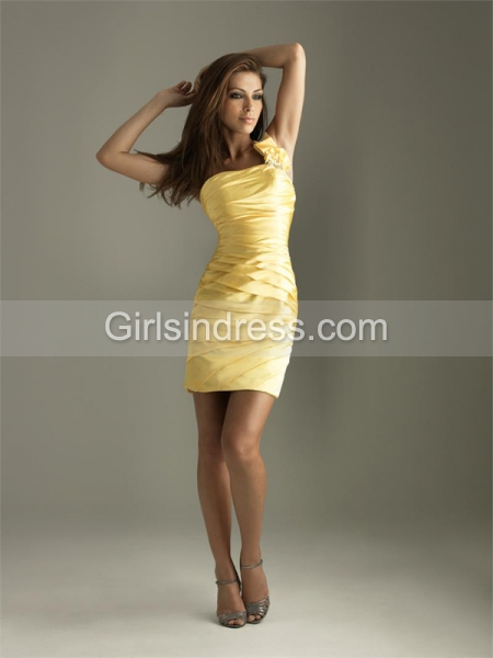 Elegant Satin One-shoulder Graduation  Dress