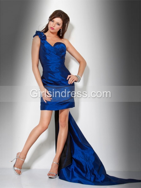 Sheath/ Column One-Shoulder Sleeveless Satin Cocktail Dress