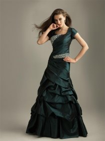 Invisible Green Short Sleeves Satin Evening Dress