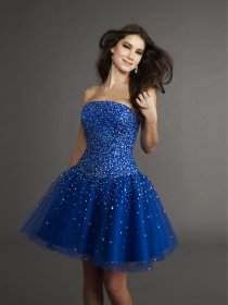Lovely Strapless Beaded Satin&Tulle Short Homecoming Dress