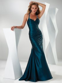 Mermaid/Trumpet Halter Floor-length Ruched&Beaded Satin Prom Dress