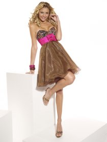 Attractive A-line Sweetheart Beading Organza&Satin Homecoming Dress