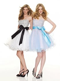 Cute Beading Sweetheart Organza Graduation Dress with Belt