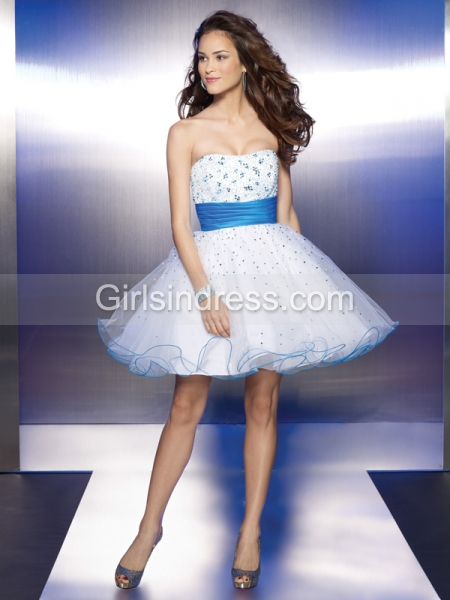 Cute Mini Strapless Beading Organza Graduation Dress With Belt