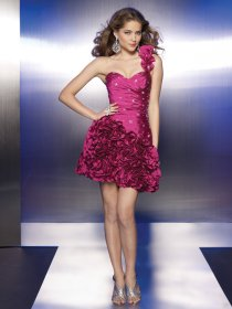 Elegant One-shoulder Taffeta Cascading Ruffle Beading Homecoming Dress