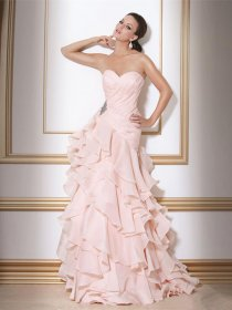 Attractive Cascading Ruffle Sweetheart Chiffon Engagement Dress