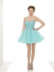 Cute Sweetheart Beading Organza Mini Graduation Dress