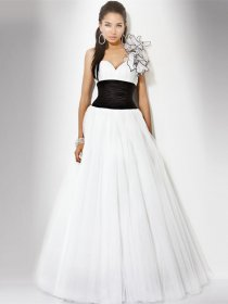 One-shoulder Flowers Organza&Satin Elegant Engagement Dress