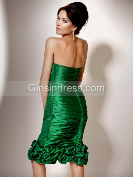 Sleeveless Strapless Pleated Satin Sheath/Column Cocktail Dress