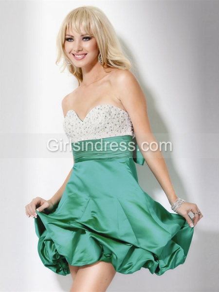 Green Sweetheart Beading Short/Mini Satin Homecoming Dress
