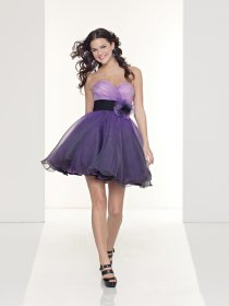 Attractive Sweetheart Organza Cocktail Dresswith Handmade Flower