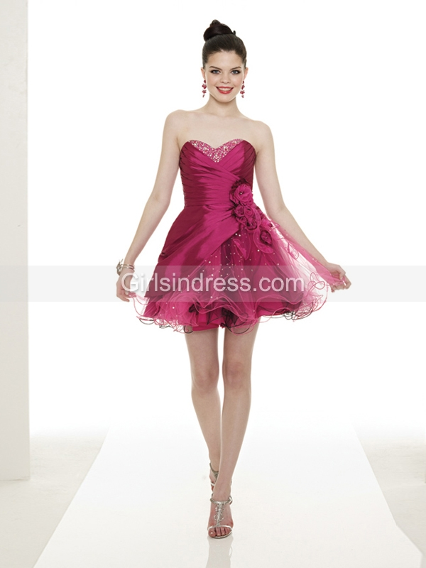 Gorgeous Sleeveless Sweetheart Satin&Organza Homecoming Dress