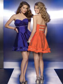 Elegant Sweetheart Short Satin Cocktail Dress