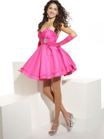 A-line Sweetheart Beading Satin Cute Homecoming Dress